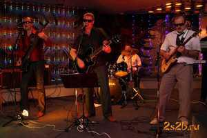 Фото Музыкальная группа на юбилей.  Заказ музыкантов на юбилей.  ВИА на юбилей, Москва